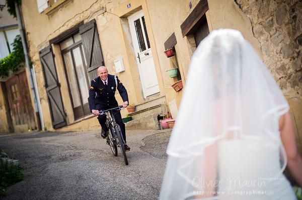 Photo de couple avec le vélo