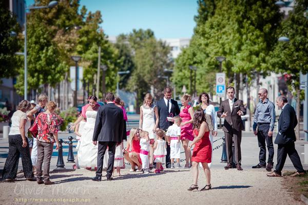Attente avant la cérémonie civile