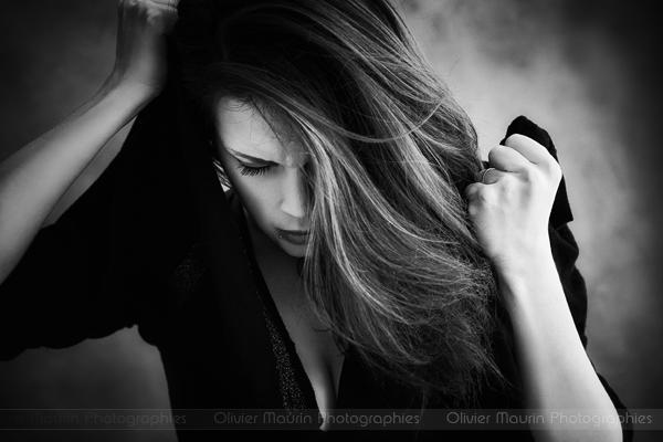 portrait émotion en noir et blanc