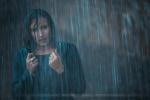 Shooting modèle sous la pluie