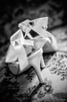 détails des chaussures de la mariée