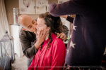 Préparatifs mariage chez le coiffeur