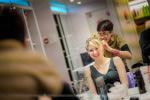 Préparatifs mariage la témoin chez le coiffeur