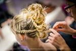 Préparatifs mariage coiffure de la témoin